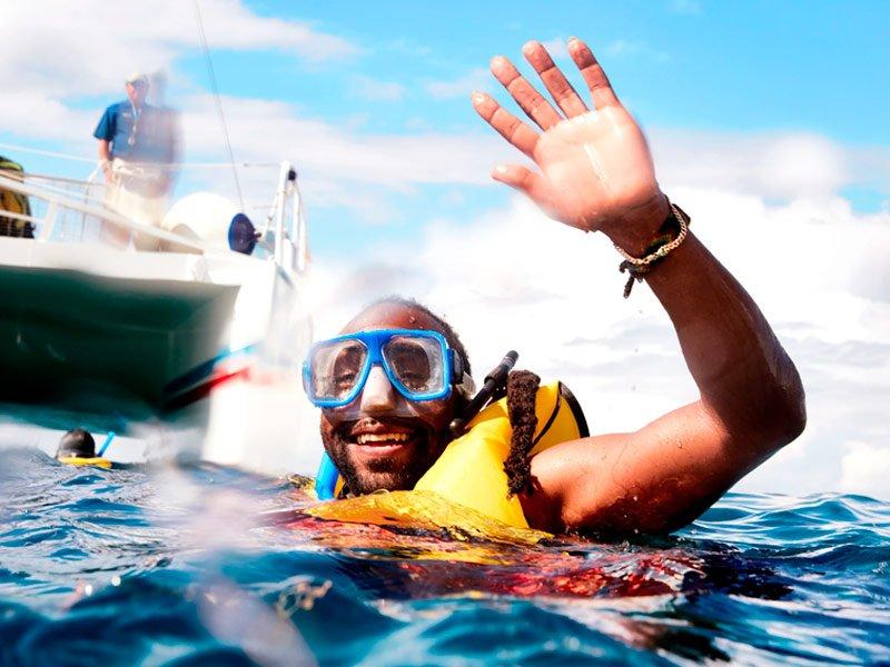 Buceo y Snorkel con Carnival